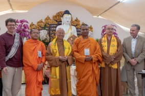 The Venerable Abbot Hsin Ting, (left from the center) with among others Vice-Chair Professor Bee Scherer (left), Dr Franz Gschwind (right) Ven. Sokpanha Ny (second from left) and Ven. Dhammasiri Thero (second from the right)