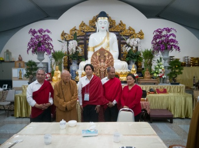 Part of the Newari delegation with the Venerable Abbot Hsin Ting of the Thai Hua Fo Guang Shan Temple in Bangkok